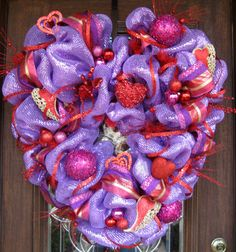 Deco Mesh VALENTINES HEART WREATH