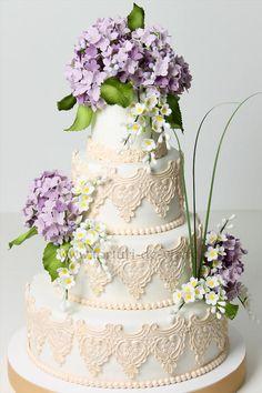 Lace and Hydrangea Wedding Cake viorica cake, beauti cake, de argint, pentru adriana, wedding cakes, argint pentru, tort nunta, hydrangea, amaz cake