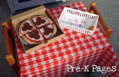 pizza box dramatic play