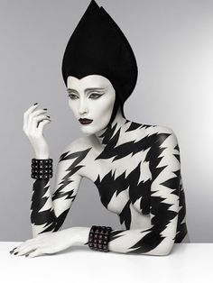 http://www.patriziodirenzo.com/ fashion, di renzo, serge lutens, art, majo fruithof, patrizio di, white, jewelry collection, black