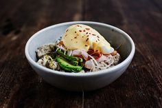Savory Oatmeal with Ham, Poached Egg, and Hollandaise Sauce recipe