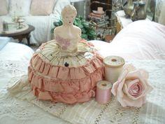vintage pin cushion, sew notion, cushions, pincushion doll, vintag pincushion