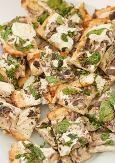 Gluten-Free Mushroom and Arugula Pizza, Wholeliving.com #lunchbunch