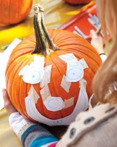 How to carve pumpkins with kids