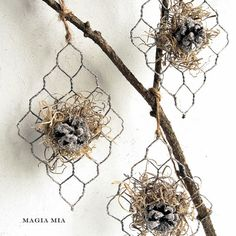 Chicken Wire Ornaments - what a great idea to use chicken wire.  I can see lots of shapes and embellishments on these.