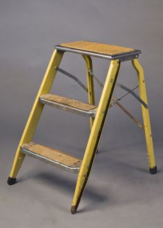METAL Gold 70's Step Stool