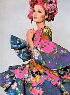 vintage bold color mixed prints with bohemian flair      Vogue UK March 1968.Sue Murray.Photo David Bailey.