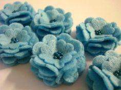 felt. blue flowers, hair clips, fashion styles, felted flowers, diy gifts, flower ideas, bird of paradise, little flowers, felt flowers