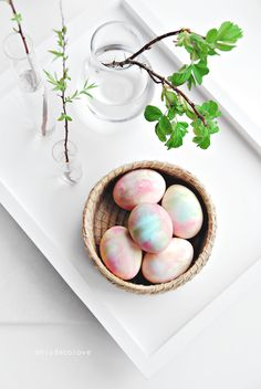 Only Deco Love: How to Dye Eggs With Whipped Cream