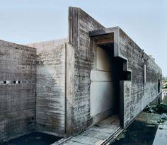 again and again, Brion Cemetery Propylaeum Corridor - Carlo Scarpa