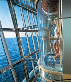 Glass elevator, Radiance of the Seas
