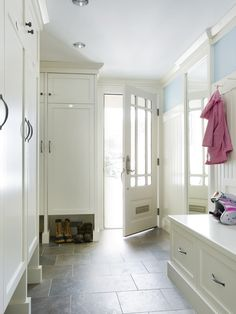 Mudroom Design, Pictures, Remodel, Decor and Ideas - page 3