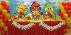 Angry birds party decorations! Done right!!