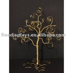 Would love to try and make this wire jewelry tree