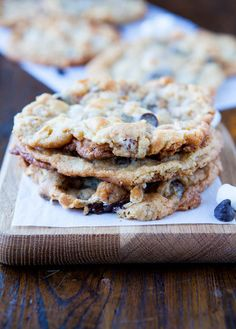 Averie Cooks » Cornflake Chocolate Chip Marshmallow Cookies