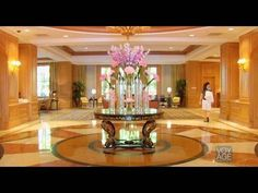 www.hotel-discount.com The Four Seasons #Hotel #LasVegas is a peaceful oasis within the citys nonstop action. Located on the southern end of The Strip, the Four Seasons is one of the sophisticated and upscale non-gaming Las Vegas hotels that appeals to both leisure and business travelers, and has many amenities that are especially family friendly. Guests of the hotel have the best of both worlds, thanks to all the amenities and facilities available at the adjacent Mandalay Bay Resort, includin