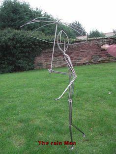 wire garden sculpture