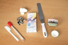 5 basic tools for cake decorating