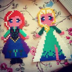 Anna and Elsa - Frozem hama beads by getoffthatspacehopper
