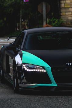 Audi R8|®|