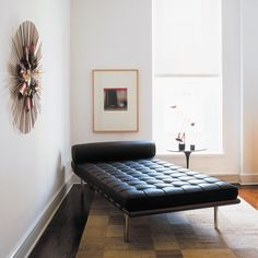 The iconic Barcelona couch #MiesVanDerRohe