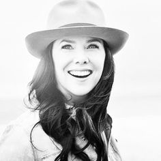 Lauren Graham... She