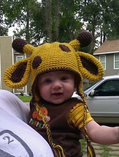 Loving this giraffe crochet hat pattern  by jennyandteddy at ravelry