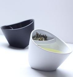 Modern Multi-Angled Tea Cup With Tea Filter