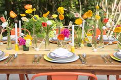 Love the table flowers.