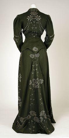 Dress     1901–3