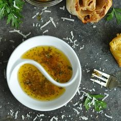 Restaurant Copycat: EVOO Bread Dip Recipe