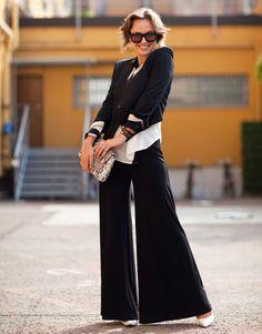 Rockin' the palazzo pants.