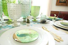 Spring Tablescape  #bowerpower #springdecor #tabledecor #springtabledecor #tablescape #spring #quicktablesetting bowerpowerblog.com
