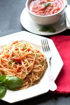 Quick & Easy Tomato Basil Sauce - Erren's Kitchen - Save time with this quick & easy pasta sauce that's tasty and great with pasta, meat or fish!