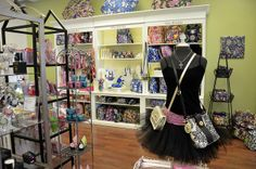Nicole Kay's Boutique   Flickr - Photo Sharing!