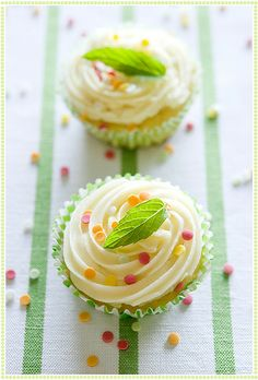 St. Paddy's Mint & Coconut Cupcakes