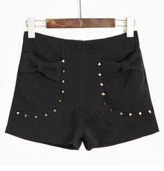 Black Rivet Bow Pockets Mid Waist Shorts