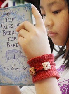 Knit cuff bracelet - free pattern