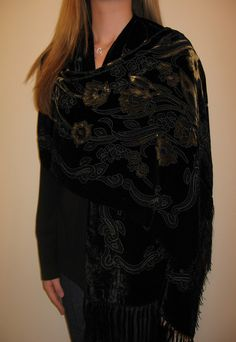 Vellvet  Designer Evening Shawl is just the perfect evening shawl wrap for evening wear or partywear as it has style, beauty and class. Look amazing in this evening black velvet silk shawl / wrap