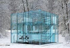 Стеклянный дом от Carlo Santambrogio и Ennio Arosio.