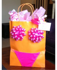 Clever DIY Bachelorette gift bag. Panties and bows!