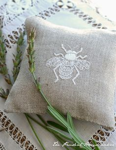 The Prudent Homemaker Blog: Embroidered Bees and a Giveaway