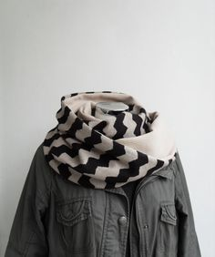 Great scarf!