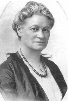 Hannah Greenbaum Solomon, the visionary founder of the National Council of Jewish Women, spent her lifetime organizing communities to work cooperatively for social good.