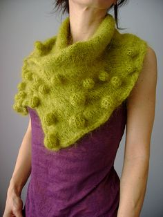 """""""Knitted Hand felted Bubble neckwarmer"""""""