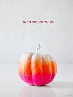 Ombre pumpkins! #halloween #craft #pumpkin #pumpkindecorating