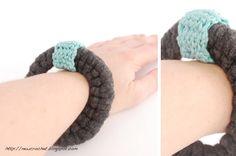 the new crochet: Chunky T-shirt bracelet (+ pattern)