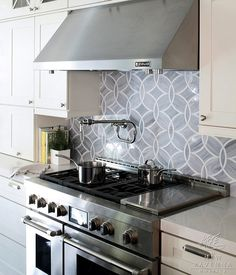 Gorgeous backsplash!   New Ravenna Mosaics