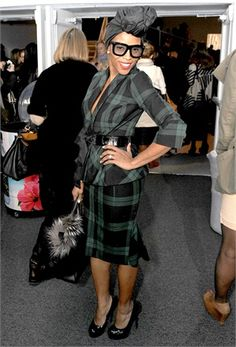 June Ambrose - Vogue.it fashion, june ambroseicon, headwrap, head wrap, style, turban, stylist, skirt suit, shade