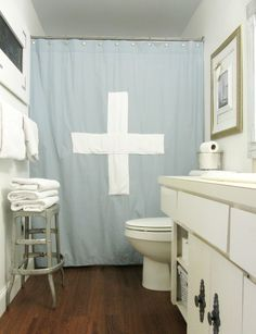 The Wicker House: DIY Shower Curtain